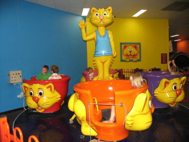 Lollipops Play Centre
