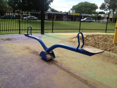 hawthorne park playground, brisbane playground, riding road playground